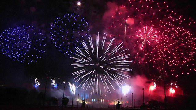 視頻:法國國慶日慶祝活動 - BBC中文網 - 多媒體