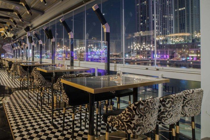 Seven Sisters, JW Marriott Marquis Dubai