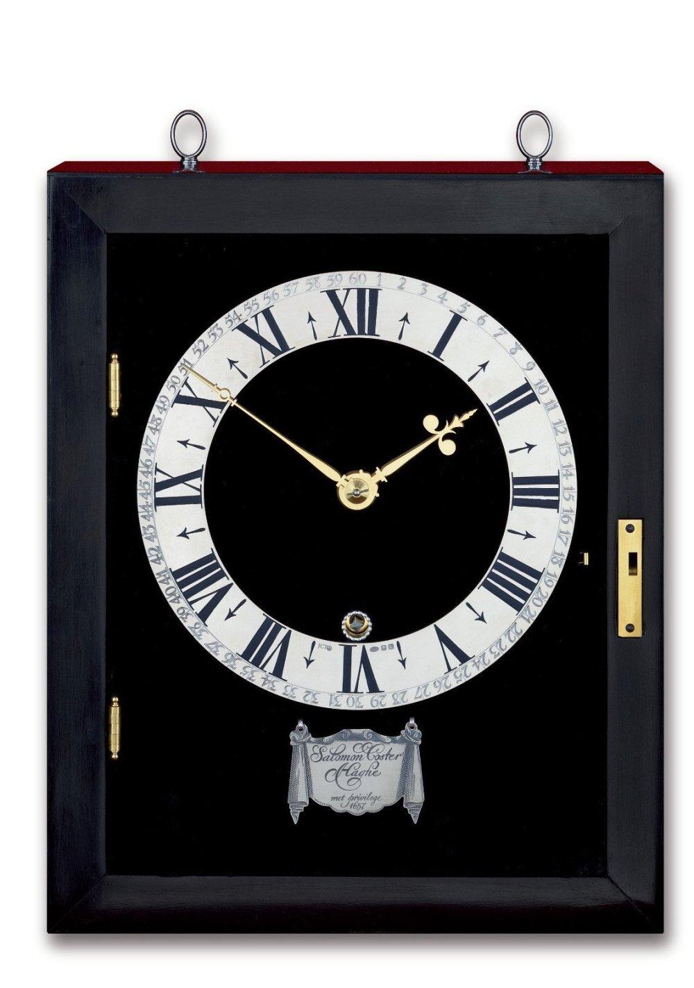 Replica of the first pendulum clock.