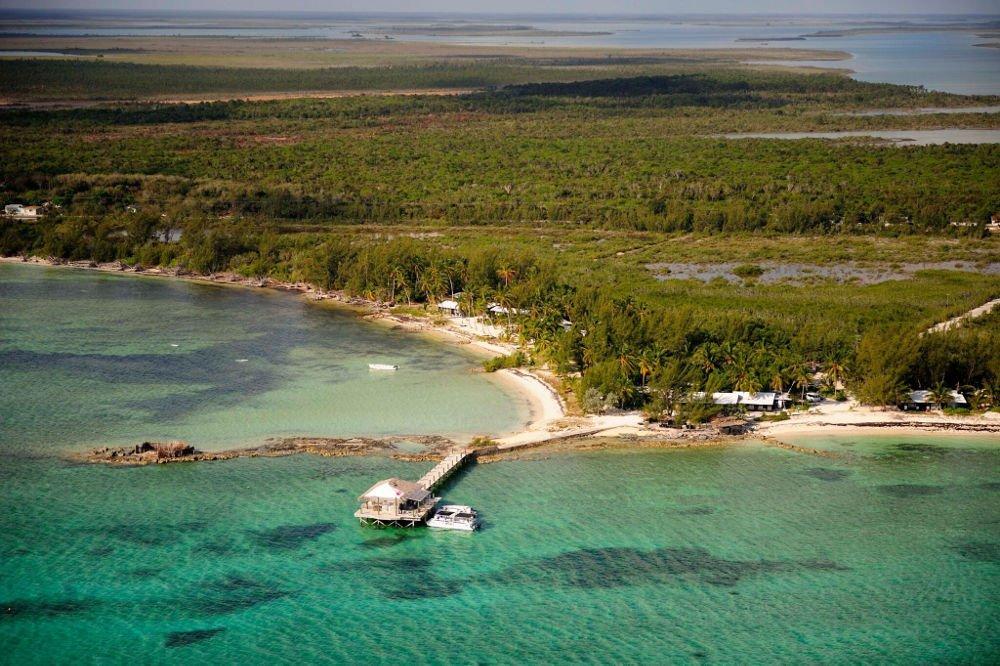 small hope bay lodge island