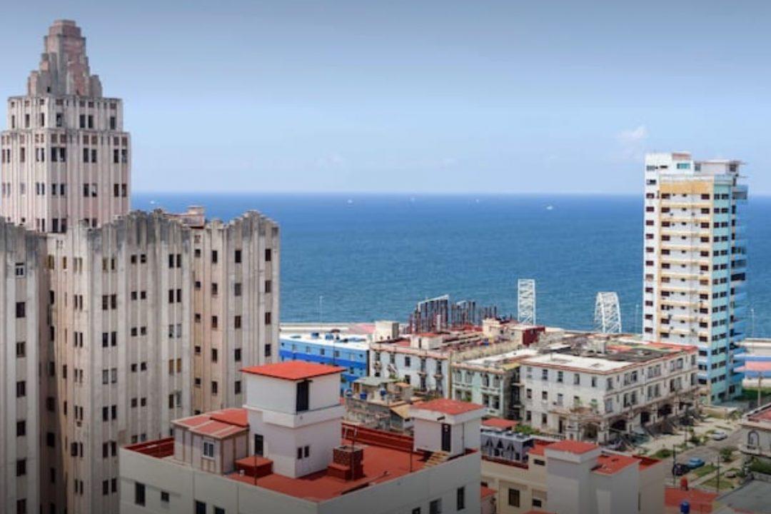Casa Vista al Mar  BBINN  Casas Particulares in Cuba  Hotels  Services