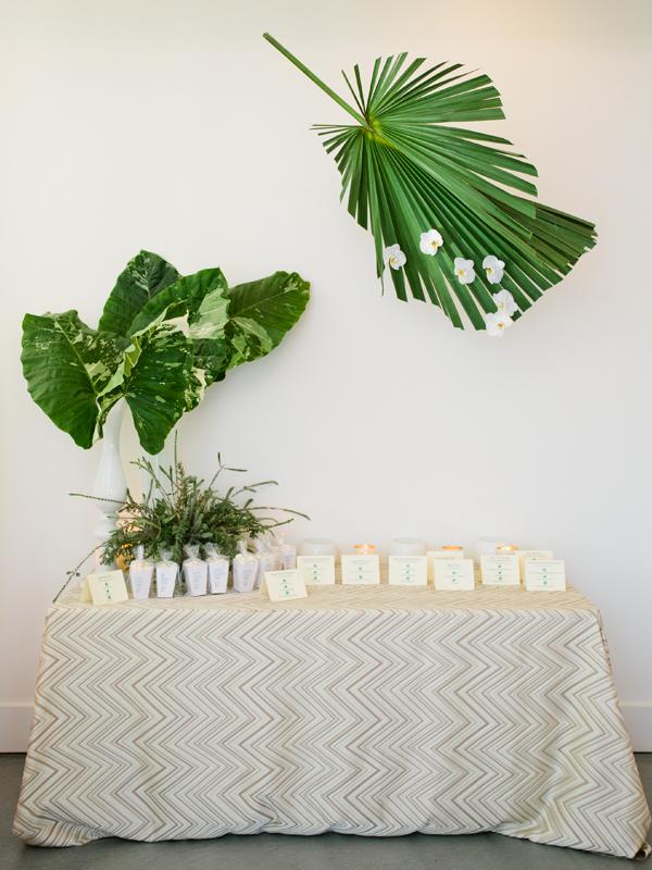 Ecru Tori Overlay  Linen Rentals  Wedding Table Linen