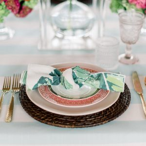 Explore BBJs Exquisite Table Linen Runners and Chair