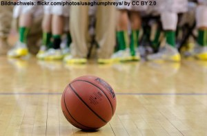 NCAA - Ball