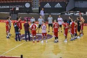 DE - Action - FC Bayern Basketball - Teamaufnahme