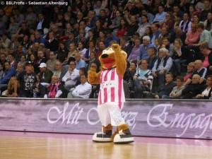 Champions League - Telekom Baskets Bonn - Maskottchen Bonni