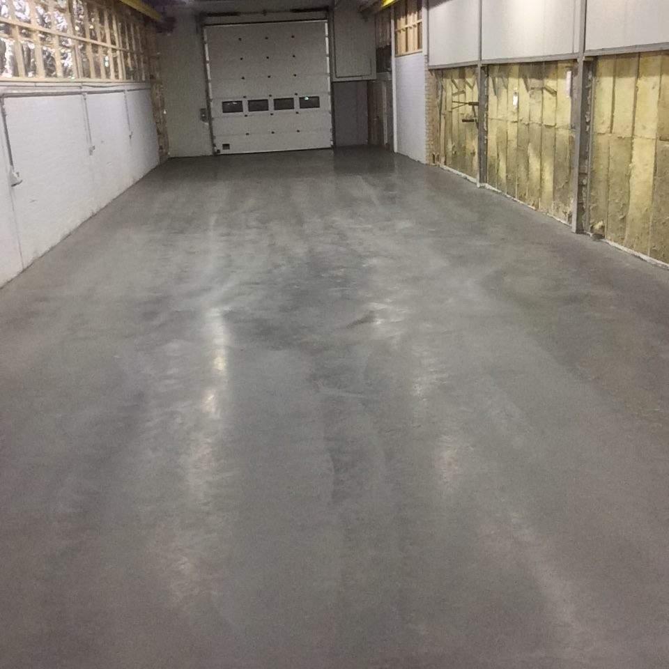 Betonvloer Garage  BBM Vloeren  D vloerenspecialist
