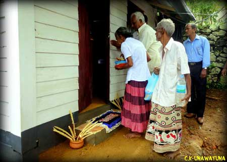 Homeless Elderly couple given a new house built by a young group