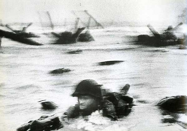 The Most Iconic Photos Of The 1940s: D-Day, 1944