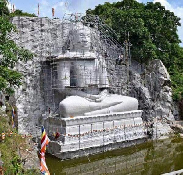 Rock stone Buddha statue - Rambadagalla, Kurunagala