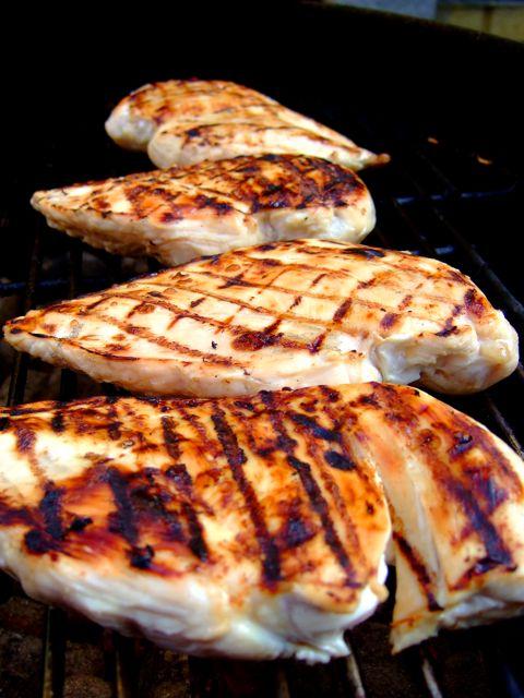 Brined Chicken with White Sauce - kip op de BBQ