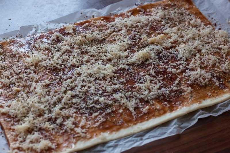 Pizzaknopen - voeg de kaas toe