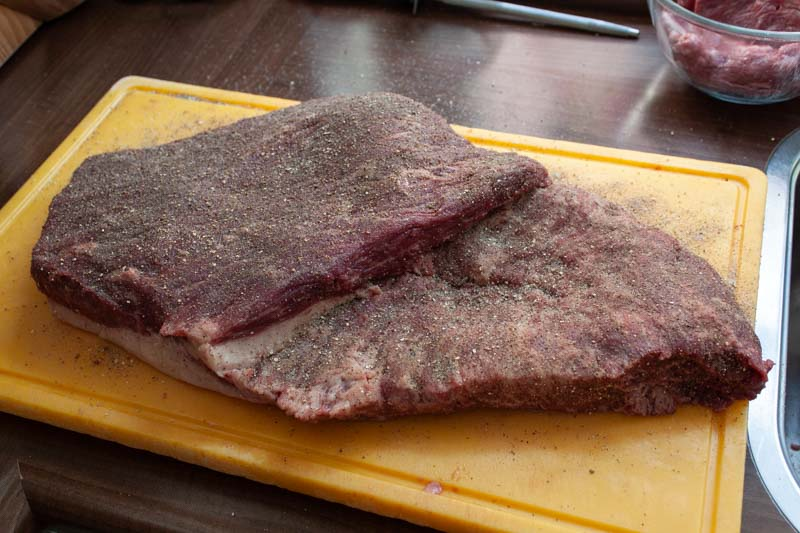 Hot and fast brisket - in de rub