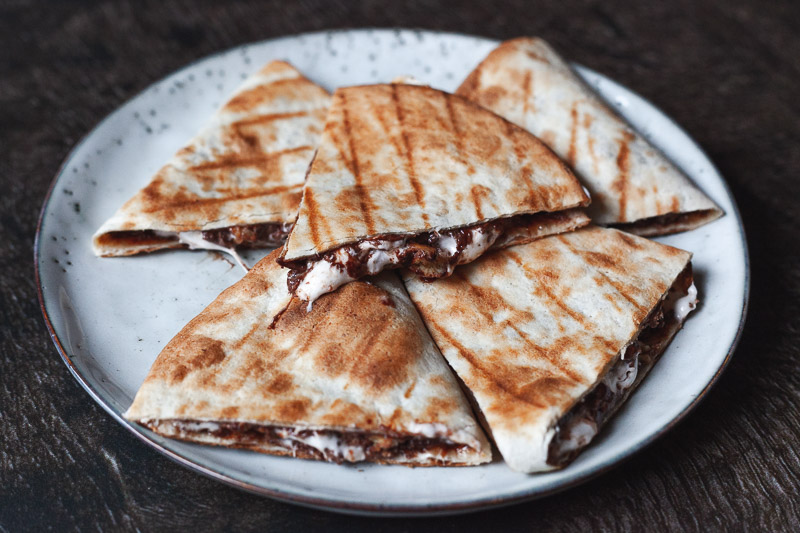 S'mores quesadillas met nutella