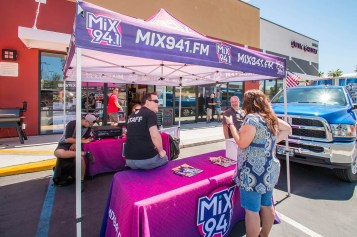 Shawn Tempesta and Mix 94.1 at Official BBQ Concepts Grand Opening Event