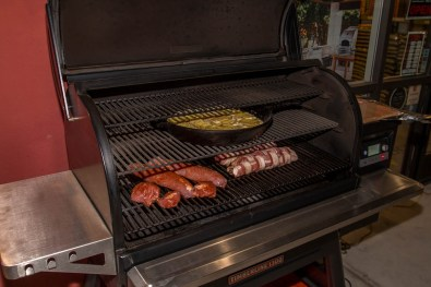 Using the Traeger Timberline 1300 Professional Smoker