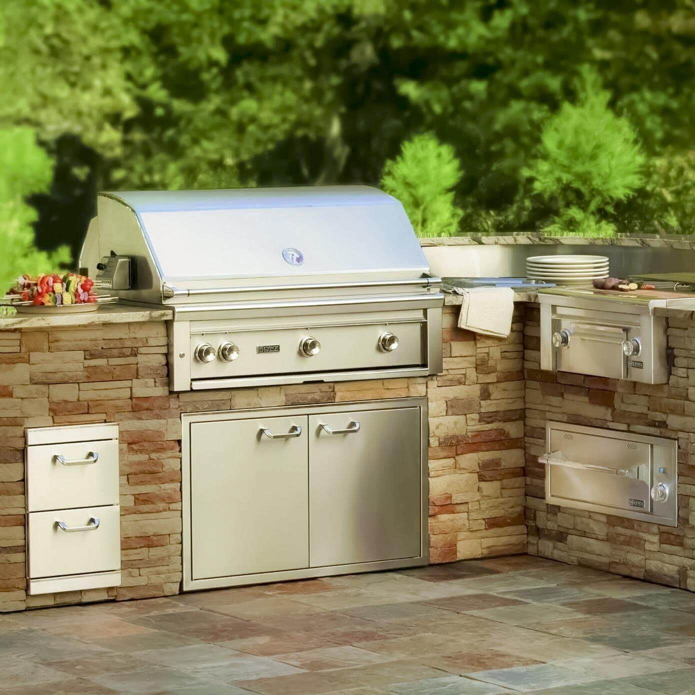 outdoor kitchen with freestanding grill corner table lynx 36 all sear 2 prosear