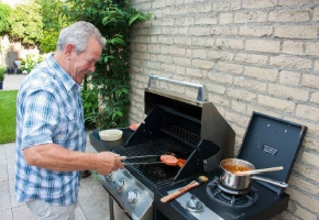 Outdoor Kitchen Accessories Save Time and Trouble