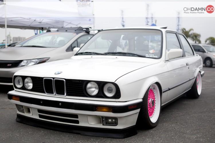 white bmw e30 coupe