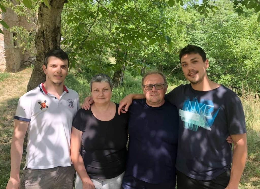 Da sinistra: Mattia, Tiziana, Carlo e il figlio Alessandro