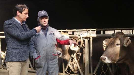 Intervista di Sky a Bonomi Ennio e alle vincitrici del concorso miglior latte d'Italia