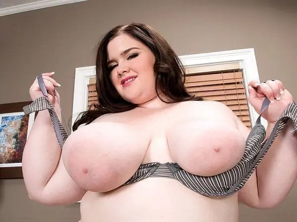 bbw holly jayde nipples