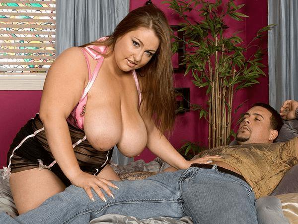Hillary Hooterz sexy fat girl