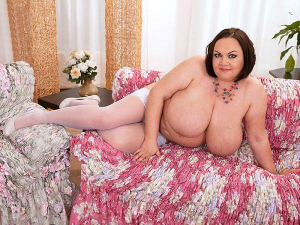 natascha romanova mature boobs