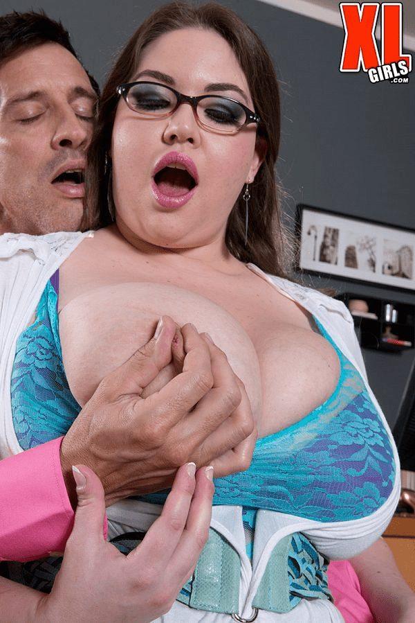 Nixie Night BBW porn busty secretary XXX