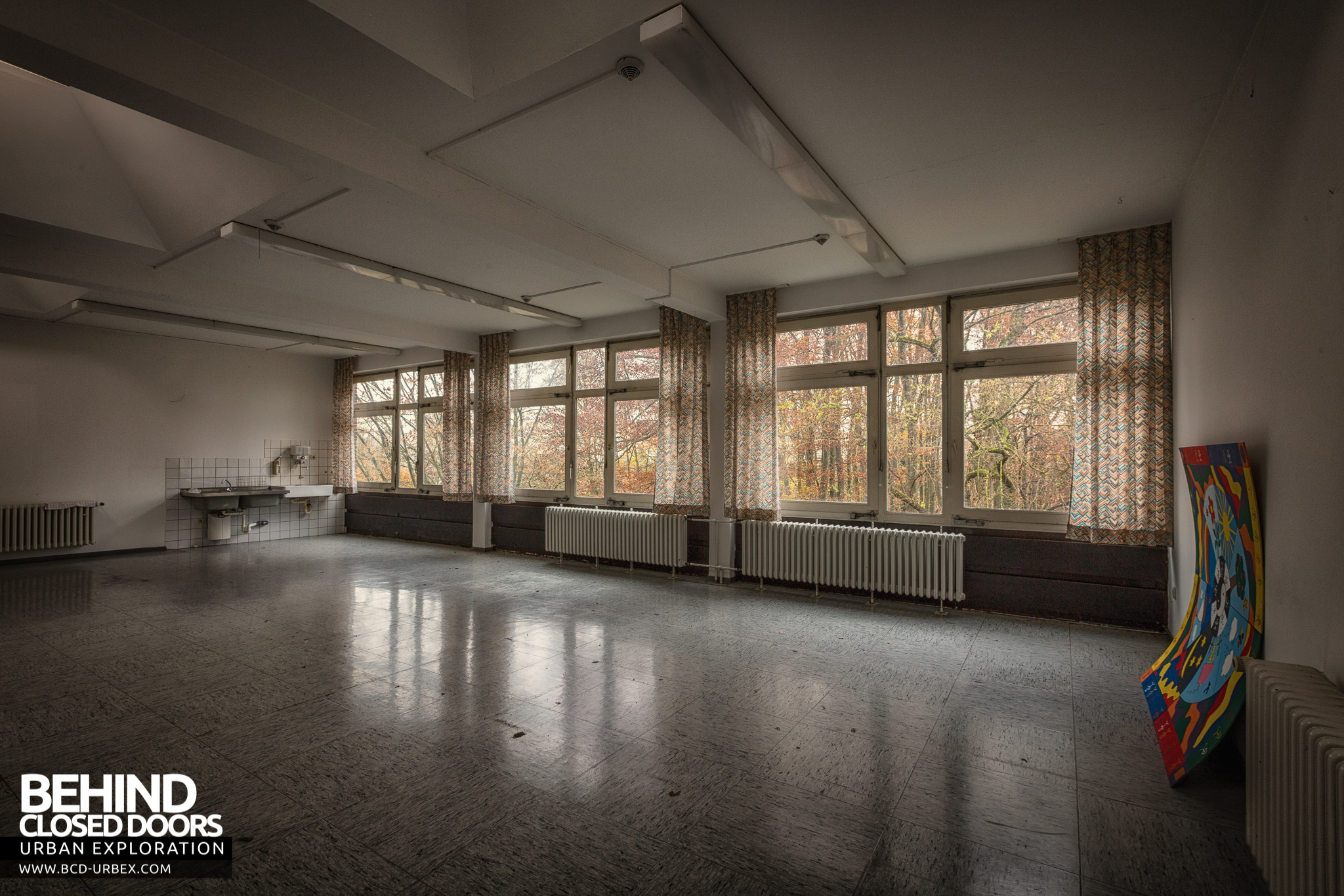 Psychiatrie V Abandoned Hospital Germany  Urbex  Behind Closed Doors Urban Exploring