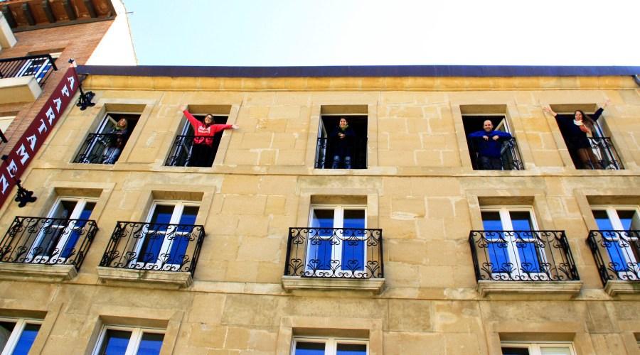 balcones- ahora toca viajar
