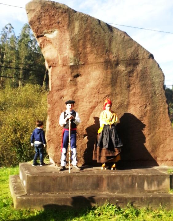 Monumento a los Foramontanos en Mazcuerras (Cantabria)