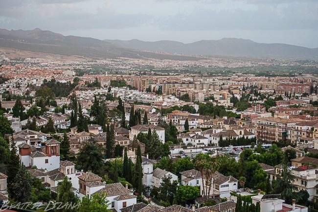 La ciudad de Granada vista desde el hotel Alhambra Palace