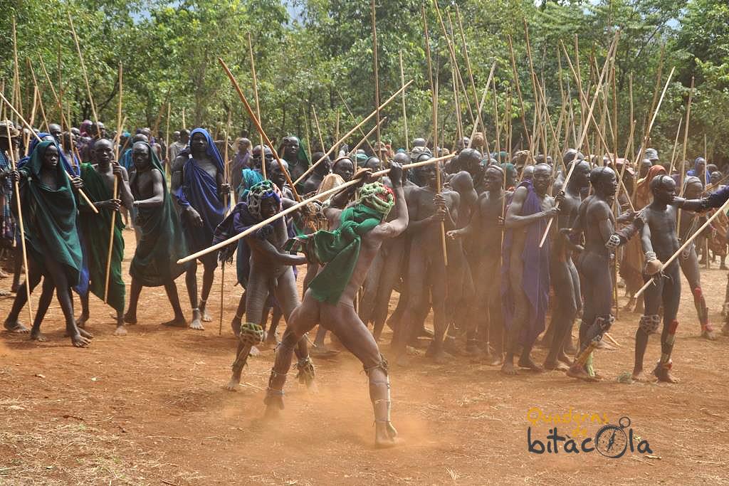El Donga, el ritual de los Suri, la etnia guerrera de Etiopía