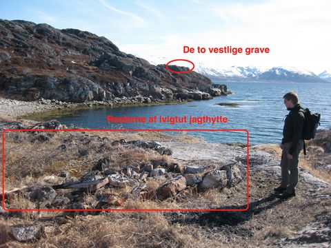 de 2 vestlige grave samt jagthytte