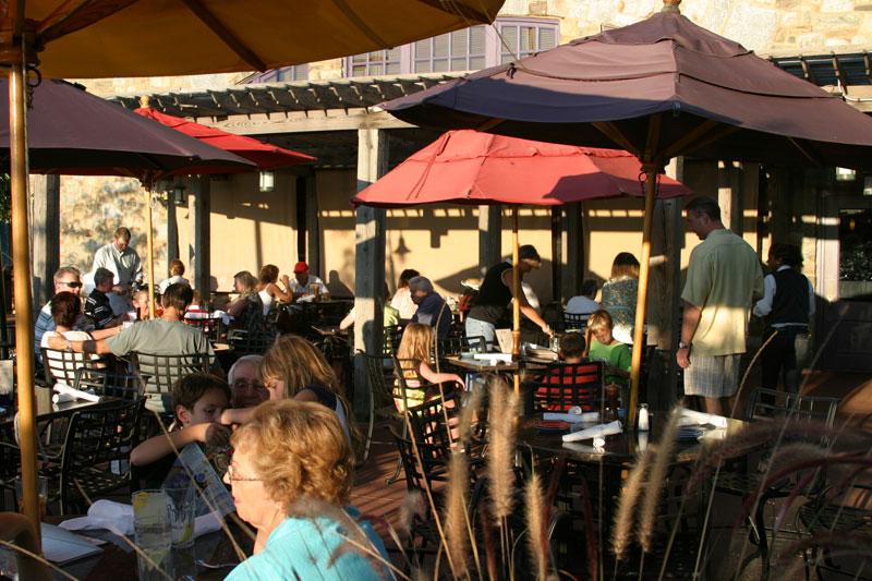 Restaurant Spotlight: Sweetwater Tavern - Falls Church News