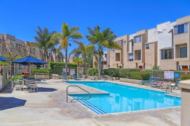 Moorings Condos For In Hermosa Beach California