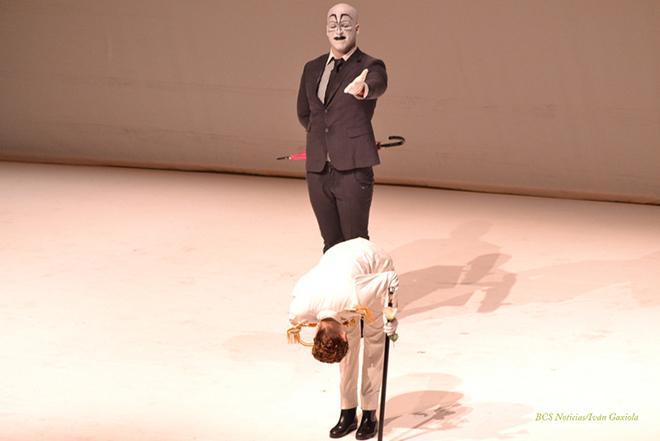 Teatro El ano de Ricardo 20