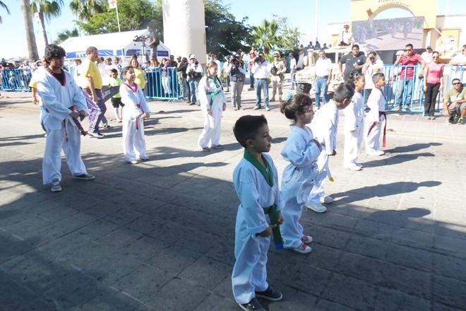 desfile tae kwan do