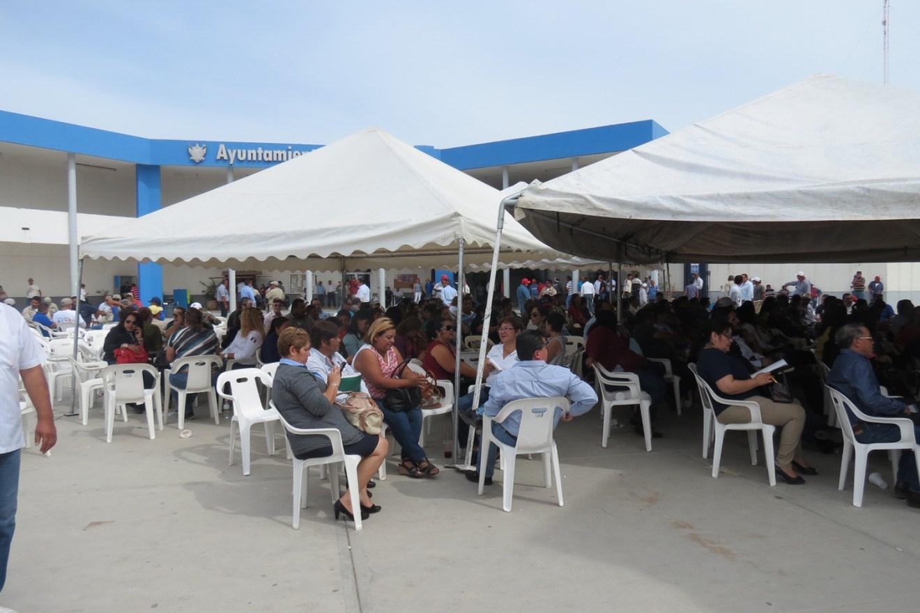 burocratas municipio asamblea 3