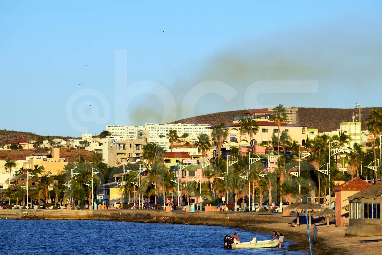 Resultado de imagen de la paz malecon hoteles