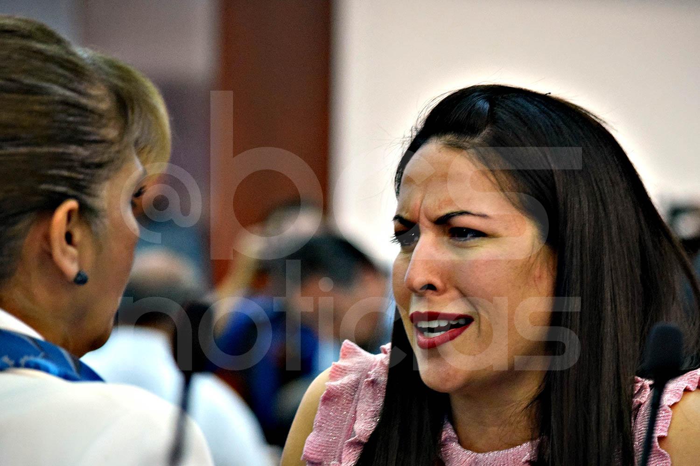 No sabía que ahora protejo a los mafiosos en BCS: Milena Quiroga - BCS Noticias