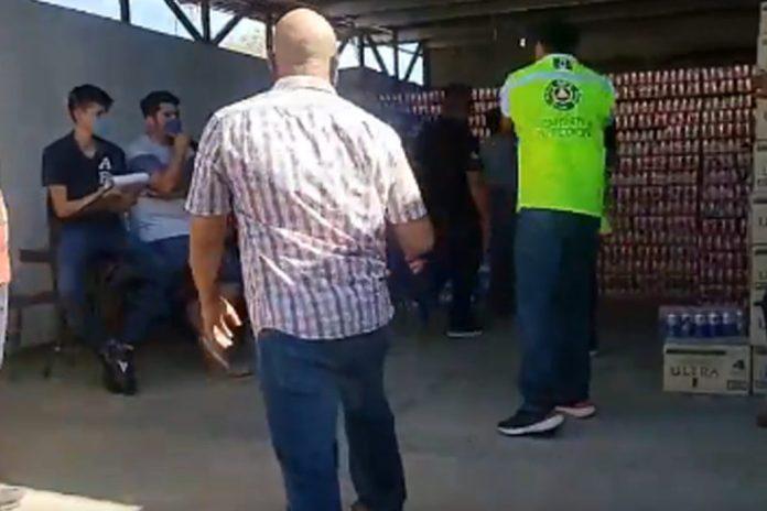 Anunció que vendería cerveza en La Paz, y quienes llegaron fueron ...
