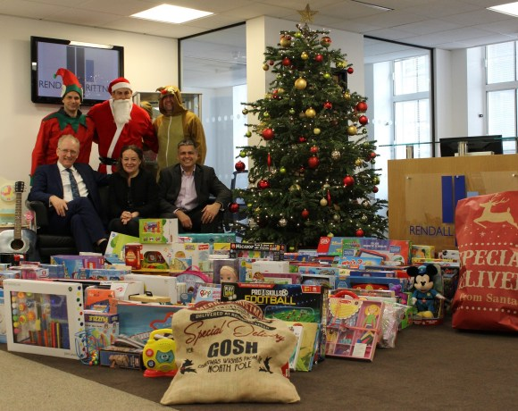 Residents and staff from across Rendall & Rittner 's managed London developments have been generously donating thousands of toys to the Great Ormond Street Hospital