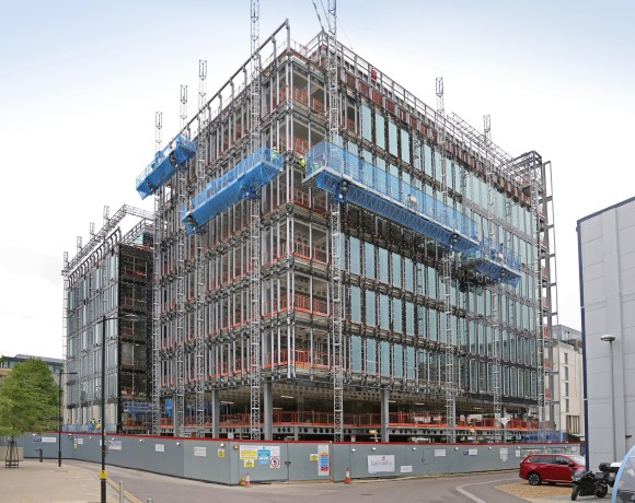 When an innovative new access solution was required for a major office accommodation development in Cambridge, construction access specialists SGB was quick to answer the call and provide a solution which combined mastclimber units with a special monorail system