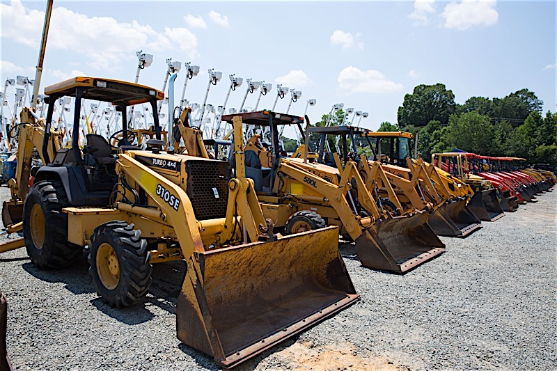 New construction equipment is costly and, at times, completely unnecessary. The used equipment market can be a gold mine at times, full of well-maintained and cared-for gems waiting to be put to good use in your business.