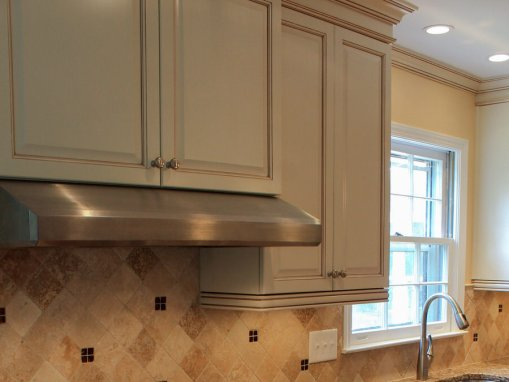 Traditional Remodeled Kitchen with Glazed Cabinets
