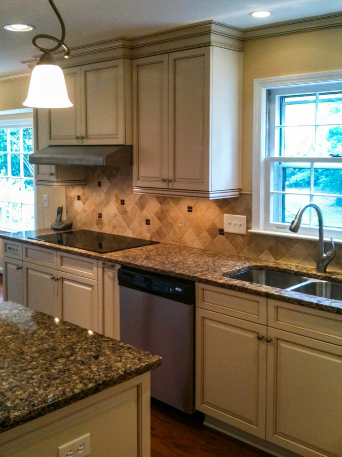 Traditional Remodeled Kitchen with Glazed Cabinets BDM