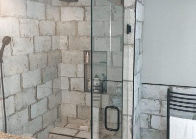 Farmhouse Inspired Master Bath