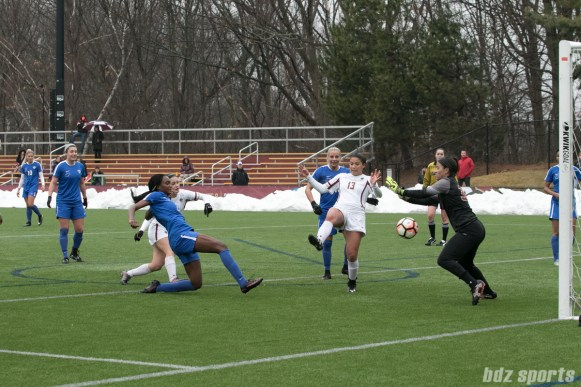 Breakers Ifeoma Onumona scoring against BC